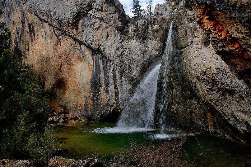 Cascada de la Fuentona en Soria