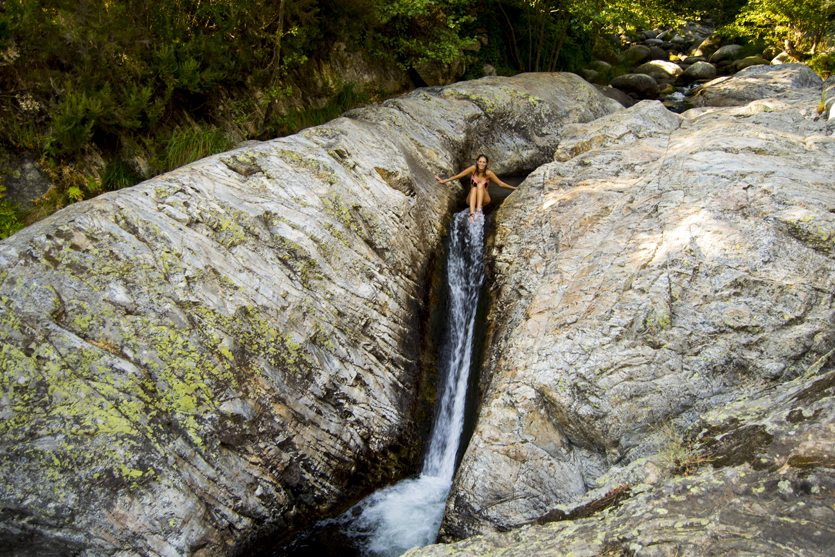 Cascada tobogán en Los Cachizos