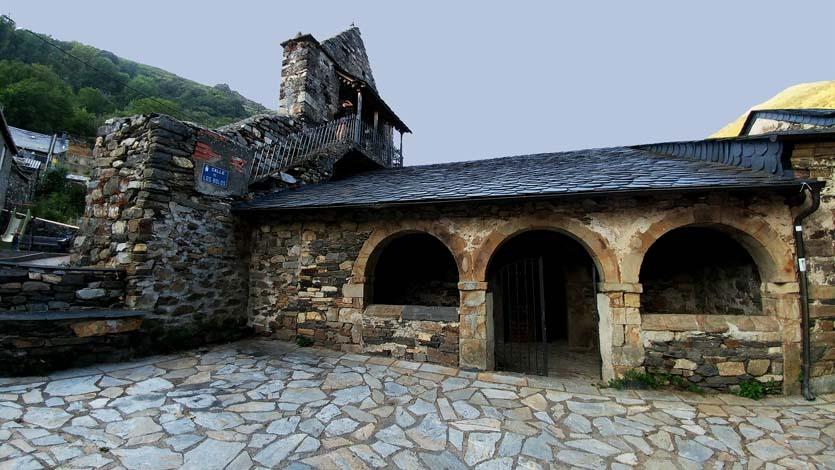 En el pueblo de Colinas del campo, en el Bierzo Alto, León