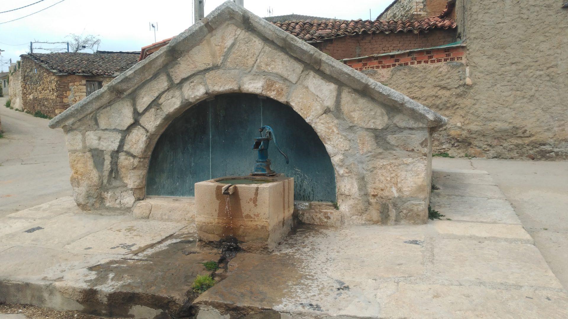 Fuente de Almaraz de Duero
