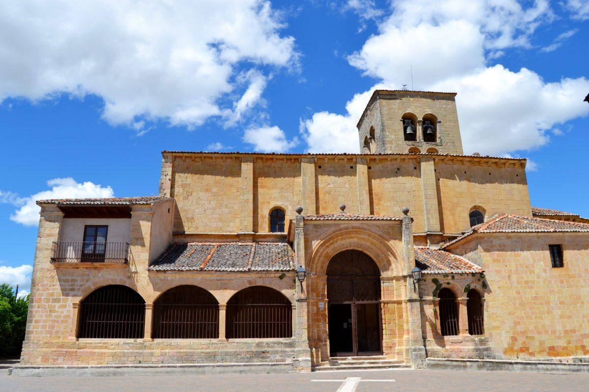 Vistas de la Iglesia de la Virgen de la Peña en Sepúlveda