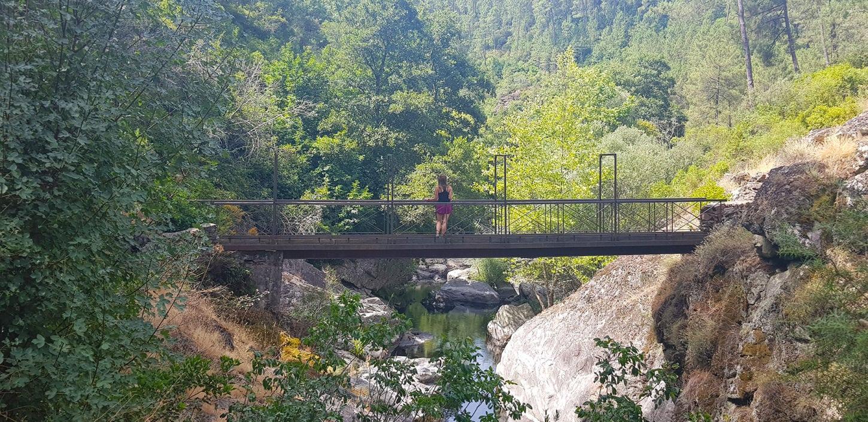 El puente Quirol, en la Senda de los pescadores